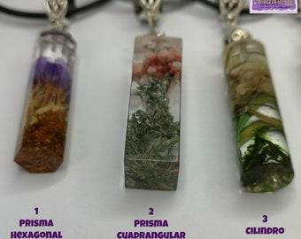 Resin pendulum pendants and dried flowers
