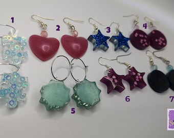 Resin and wood earrings geometric shapes