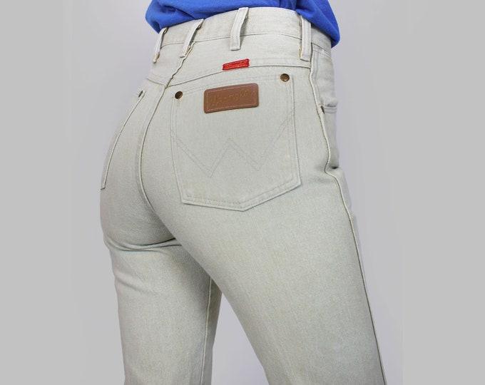 Oatmeal Wrangler Jeans 26