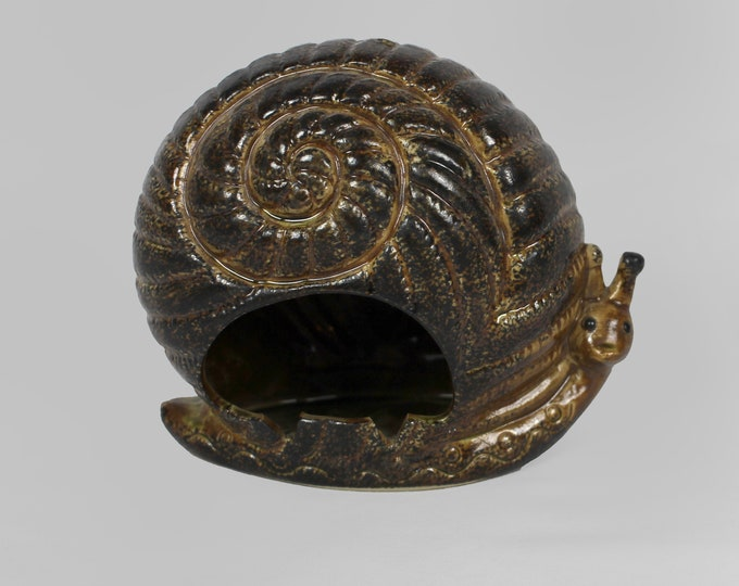 Ceramic Snail Ashtray