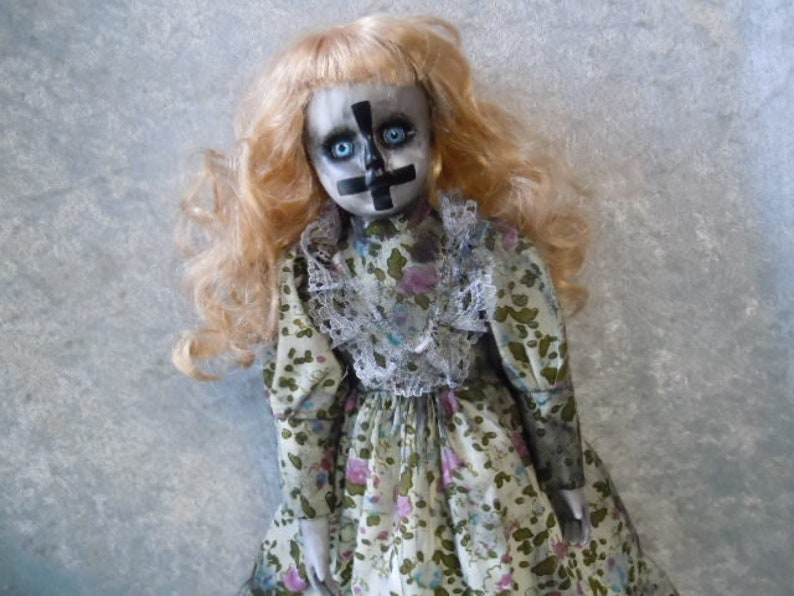 Evil Spooky Creepy Doll #534  Dark Art  Horror Collectible  Day of the Dollies