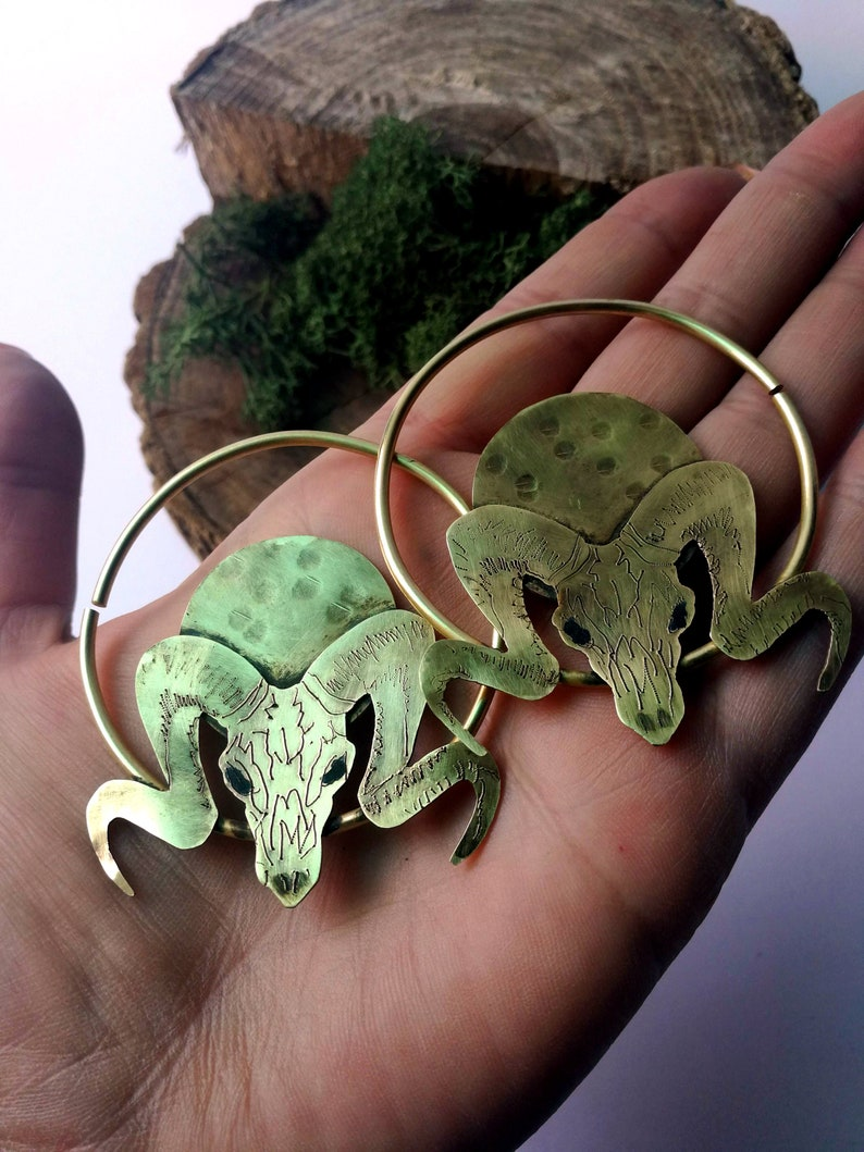 10 gauge Animal Skull Hoops  Hoops for Plugs  Stretched Ear image 0