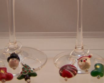 Christmas Wine Charms, Set of 6, Holiday Host, Hostess Gift, Snowman, Stocking, Tree, Santa, Christmas Candy, Red and Green Glass Markers