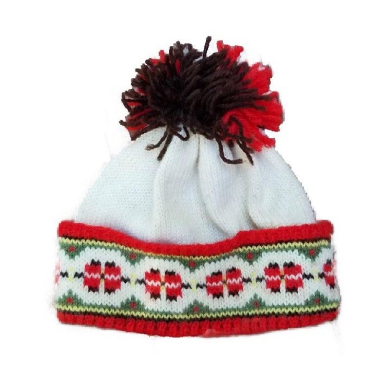 Children's red gree and ivory norwegian cap image 0