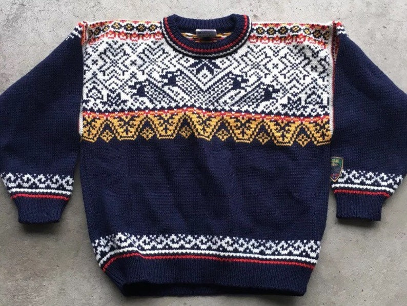 Dale of Norway children's sweater made in Norway size 10 image 0