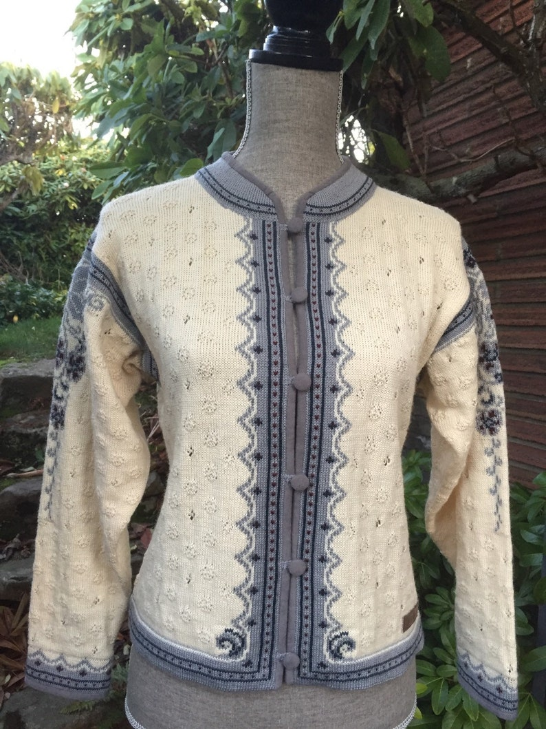 Dale of Norway casual collection Norwegian wool sweater made image 0
