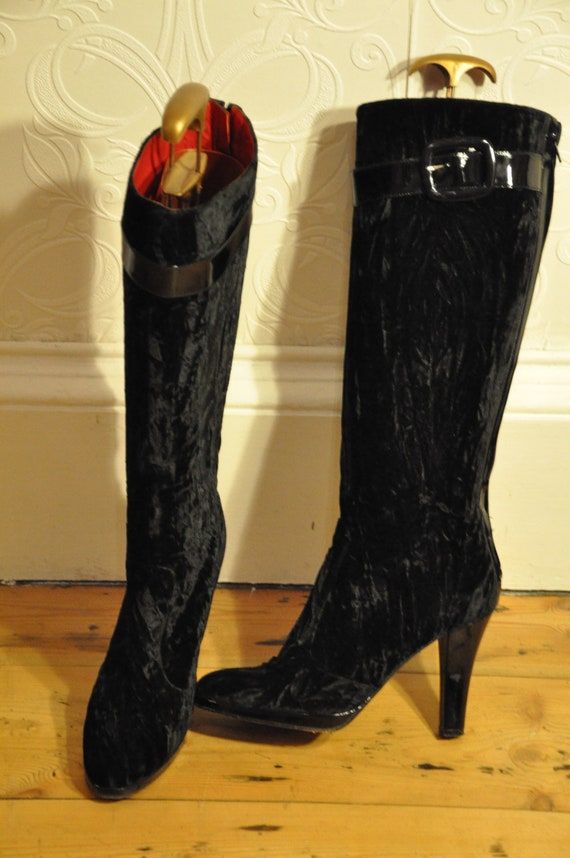 Mod 60s Style knee high boots.