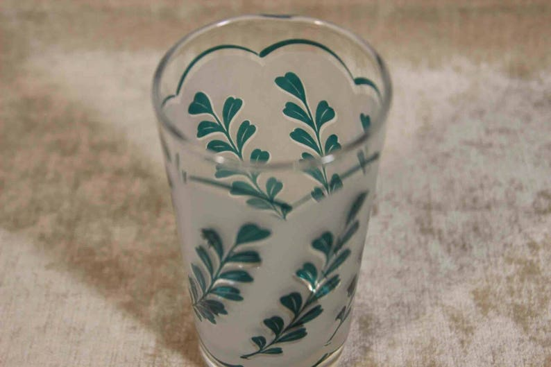 Beautiful Tall Frosted Libbey Glass Diagonal Mint Green Sprig