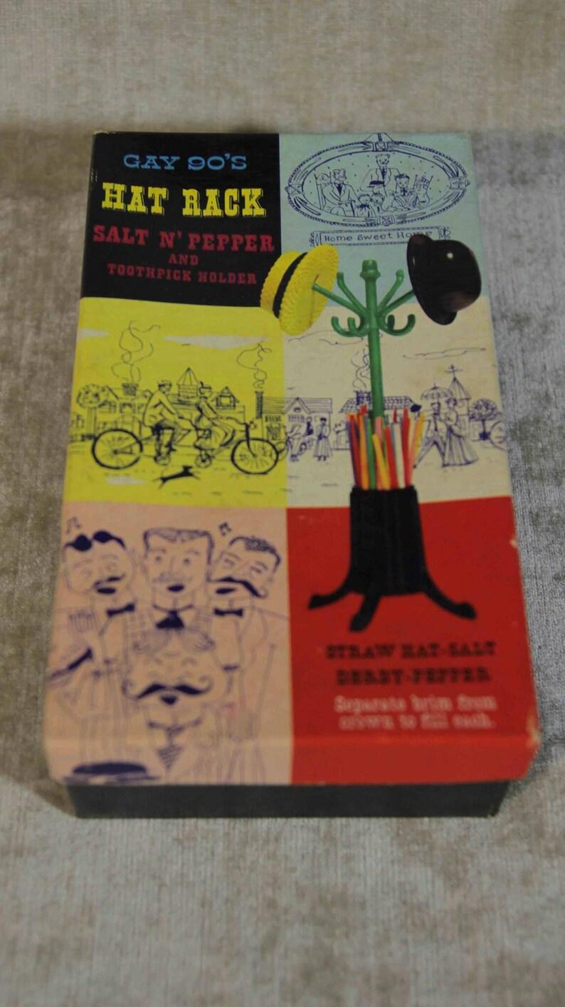 Nib Gay 90/'s Hat Rack Salt n Pepper Shaker and Toothpick Holder