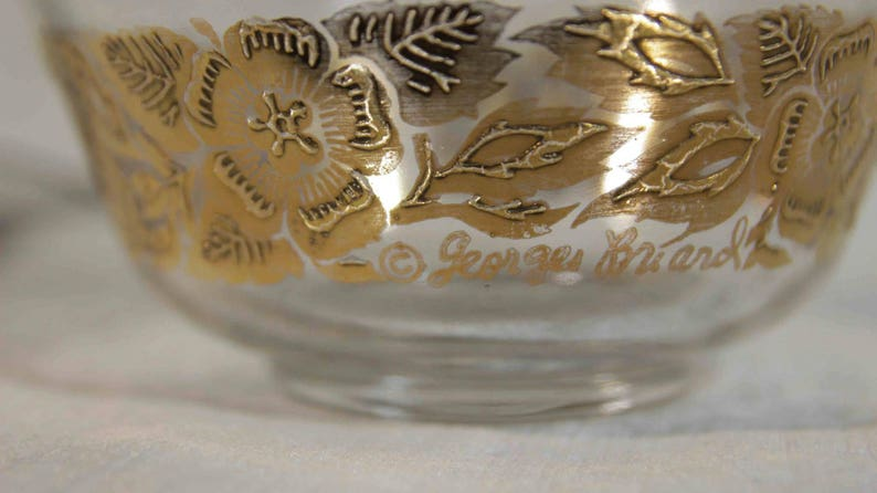 Briard Lot Bowls and Decorative Wall Plate