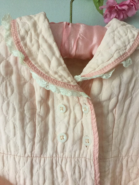 1940s quilted dressing gown pale pink child's nigh