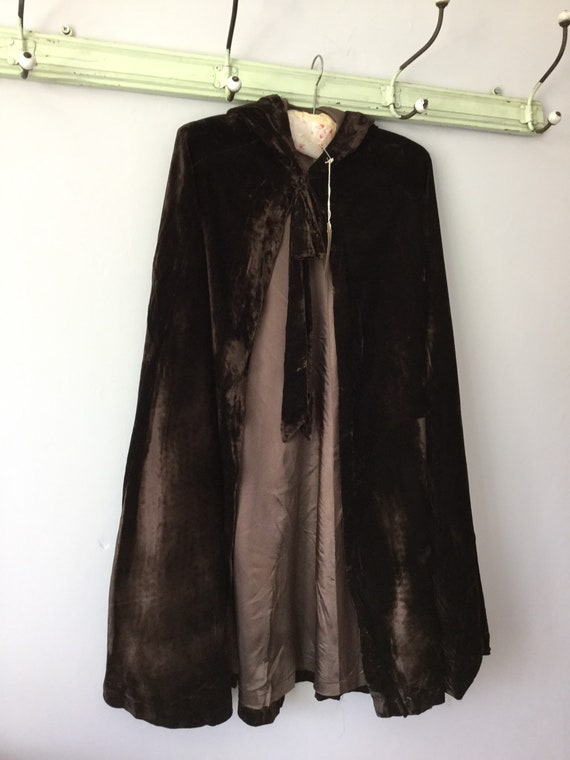 Victorian silk velvet cape/capelet/cloak