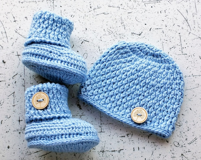 Baby Hat and Booties set - Baby boy outfit - Crochet set - Baby beanie - Baby booties - Baby boy gift -  baby photo prop - Baby shower gift