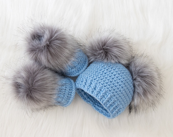 Baby Boy double pom pom hat and booties set, Baby boy gift, Fur pom pom beanie, Crochet baby booties, Baby boy clothes, Newborn boy clothes