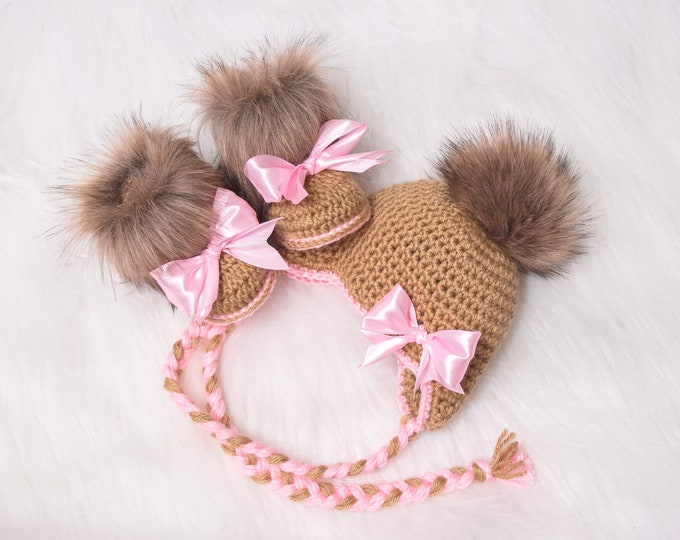 Baby girl fur pom pom hat and booties with bows, Newborn Girl hat and booties, Baby winter clothes, Baby girl gift, Preemie girl clothes
