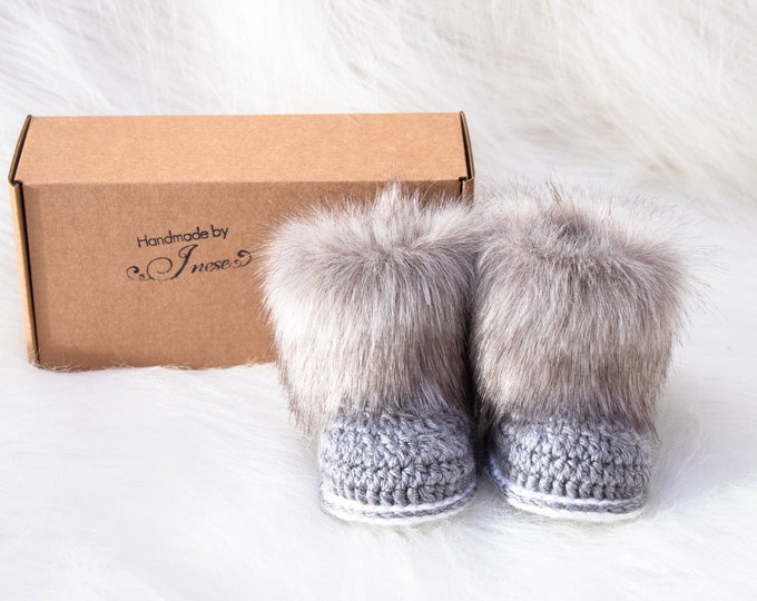 Baby boy booties, Crochet fur baby boots, Infant Booties, Neutral booties, Baby shoes, Baby Uggs, Infant shoes, Preemie booties, Baby gift