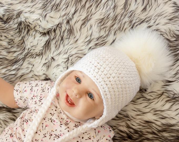 White Baby hat, Pom pom hat, Baby pom hat, Crochet fur Pom Pom Hat, Earflap hat, Gender neutral Newborn hat, Unisex baby hat, Boy girl hat