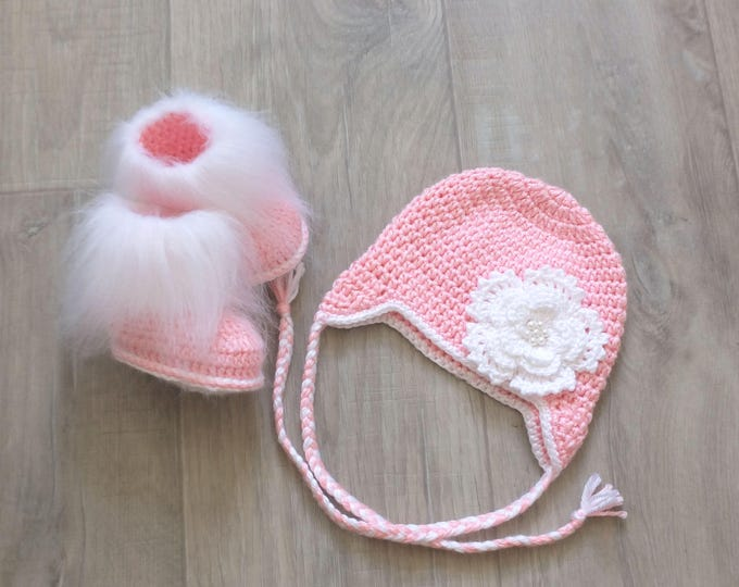 Pink Baby Girl Hat and booties set - Newborn Girl Hat and Booties - Faux fur booties - Flower hat - Crochet Baby Girl clothes - Baby gift