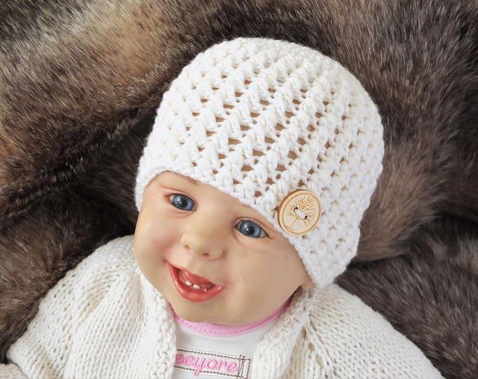 Merino baby hat - Ivory baby hat - Crochet hat - Newborn Hat - Baby hat - Button hat - Gender neutral hat - Baby beanie - Ready to ship