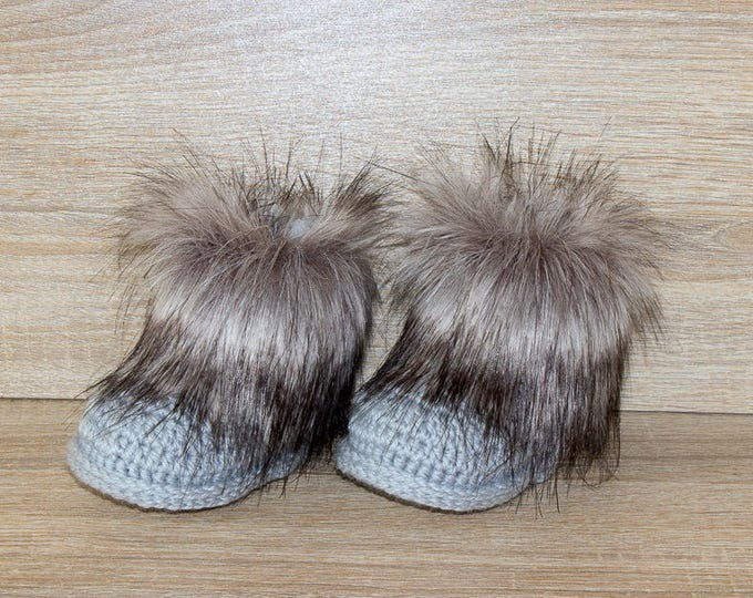 Gray Faux fur Baby booties - Fur baby boots - Crochet Booties - Baby Boy booties - Gender neutral baby booties - Newborn shoes - Baby gift