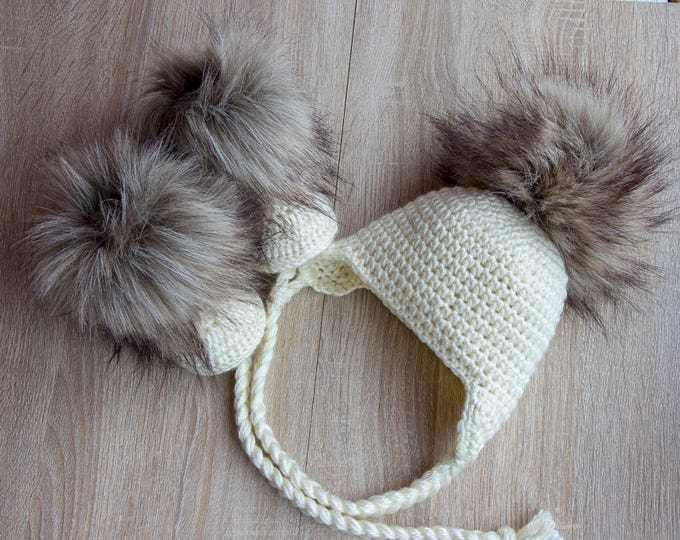 Baby fur pom pom hat and booties - Crochet Beige baby hat and booties- Baby winter clothes - Pom pom hat - Faux Fur booties - Gender neutral