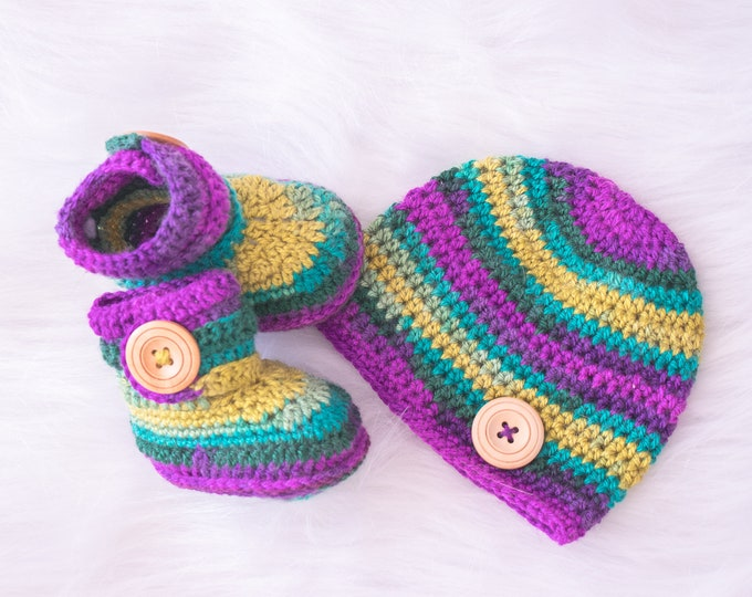 0-3 months Colorful Baby boy booties and hat set, Crochet Baby hat booties set, Baby booties, Baby beanie, gender neutral, Ready to ship