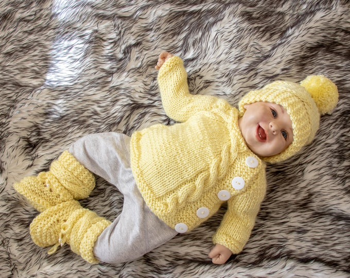 Baby coming home outfit - Knitted baby clothes - Baby knitwear - Knitted baby set - Gender neutral outfit - Yellow outfit - Ready to ship
