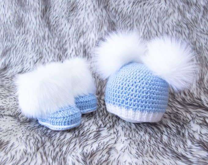 Baby Boy double pom pom beanie and booties set, Baby boy gift, Fur pom hat, Crochet baby booties, Newborn boy outfit, Infant booties and hat