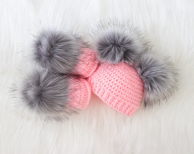 Pink and gray Booties and hat set, Fur double pom hat and booties, Crochet baby girl set, baby girl clothes winter, preemie girl clothes
