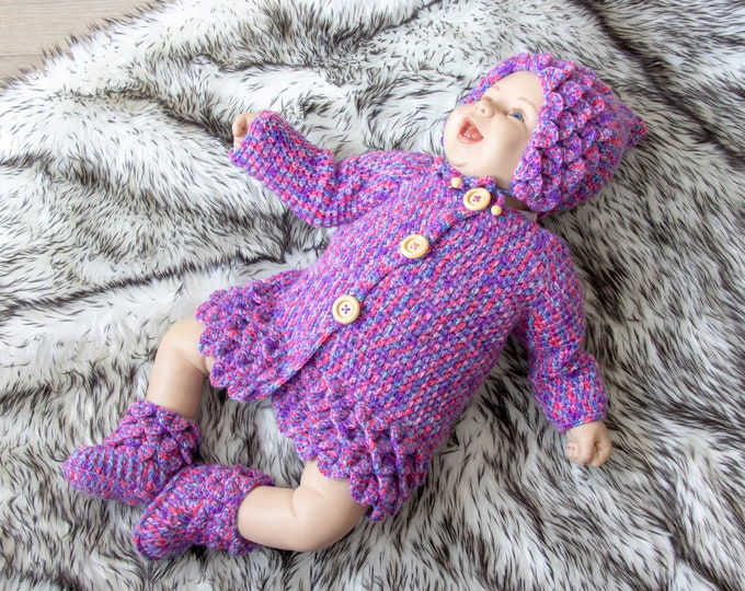Newborn girl Crocodile stitch outfit, Baby girl outfit, Pixie Hat, Crocodile stitch sweater booties, Crochet baby outfit, Ready to ship