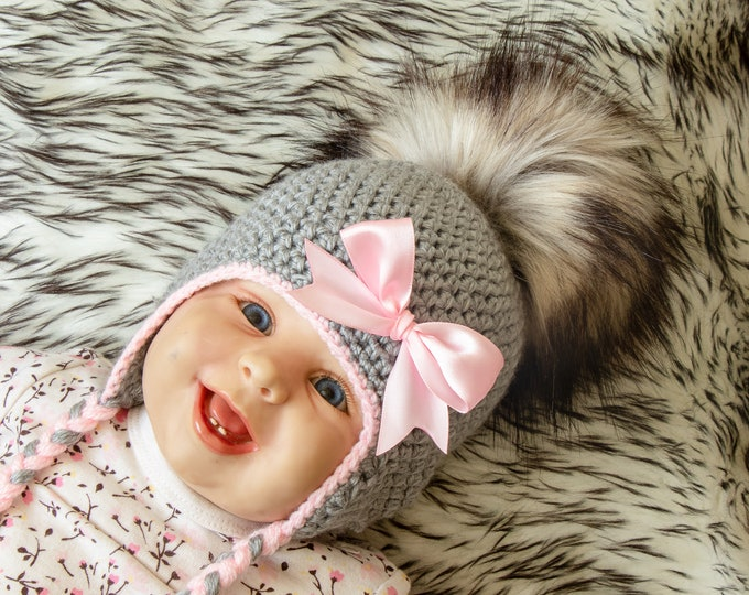 Gray and pink Baby girl hat - Pom pom hat - Flower hat - Crochet baby girl hat - Newborn Earflap hat - Baby girl gift - Baby girl clothes
