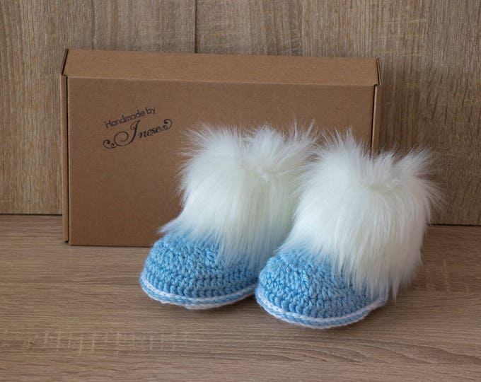 Blue and white Baby boy booties - Faux Fur Booties - Baby blue booties - Crochet Booties - Newborn boy shoes - Preemie boots-  Baby boy gift