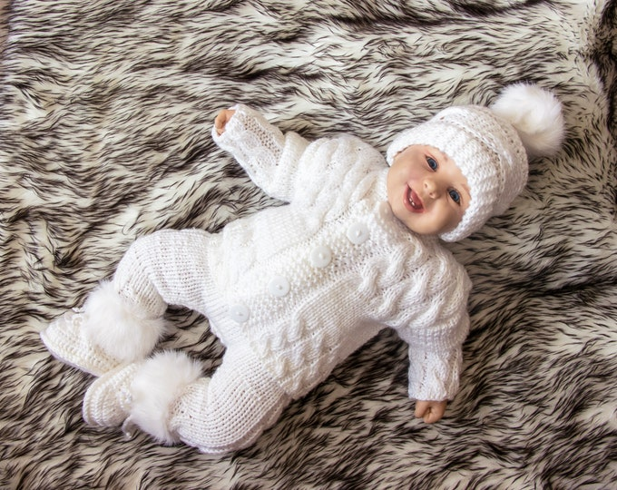 Coming home outfit - Hand knitted baby clothes - Newborn coming home outfit - Knitted baby set - Gender neutral baby clothes - White outfit
