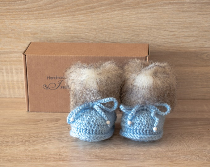 Baby boy boots - Faux fur booties - Blue booties - Newborn shoes - Baby slippers - Baby winter Boots - Crochet Baby Booties - Infant booties