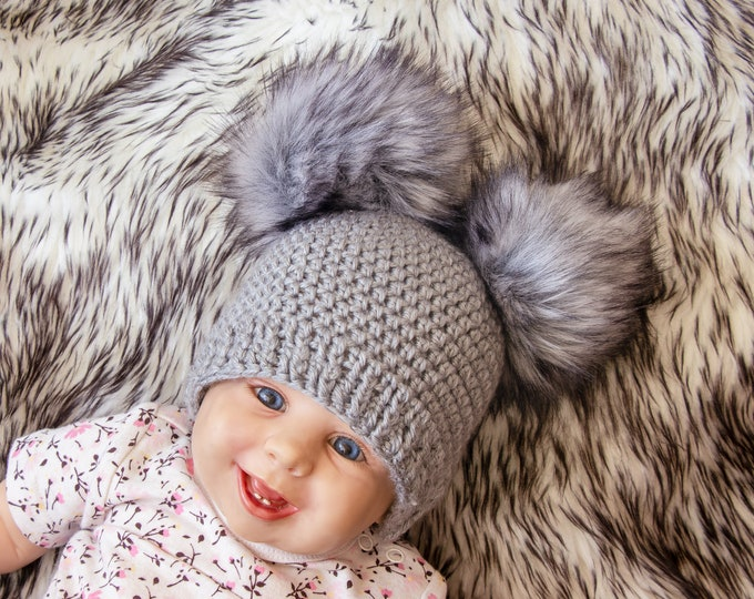 Crochet double pom pom beanie - Fur pom pom beanie - Gray Pom pom hat - Gender neutral hat - Winter hat - Baby Hat - Kids hat - Baby beanie