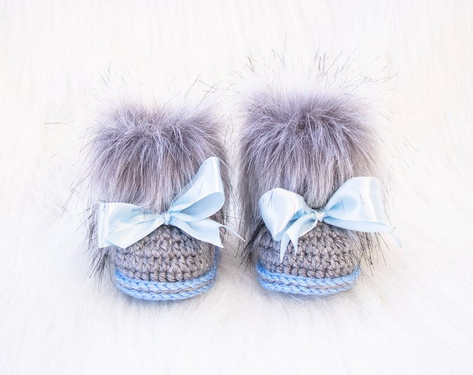 Gender reveal baby booties, Baby boy fur booties, Crochet booties, Baby boy gift, Newborn shoes, Baby uggs, Newborn shoes, Baby announcement