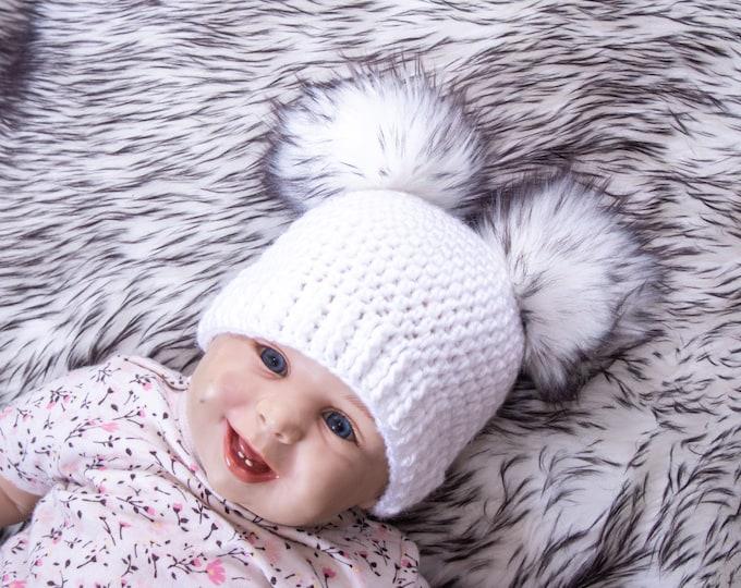 White double pom pom beanie, Fur pom pom beanie, Toddler Pom pom hat, Gender neutral baby hat, Winter hat, Baby Hat, Kids hat, Baby beanie
