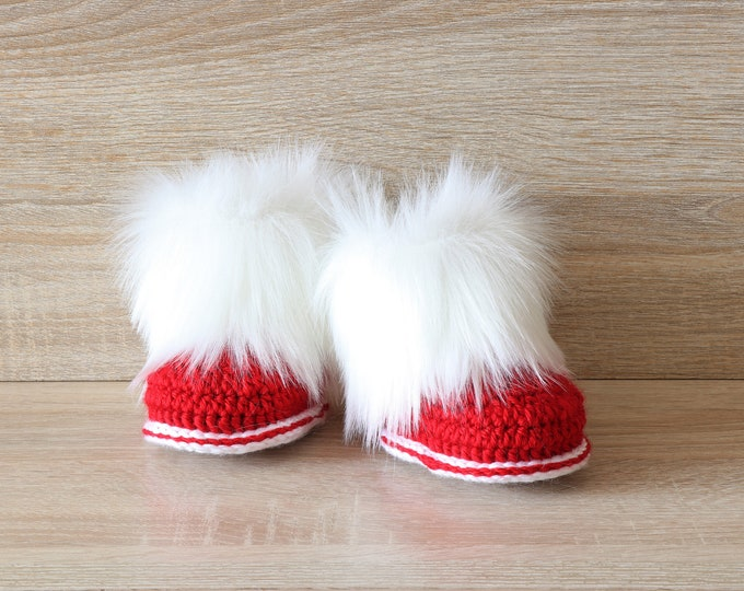 Red and white baby booties - Fur Booties - Crochet booties- Christmas booties- Baby winter boots- Newborn shoes- Baby shoes- Preemie booties