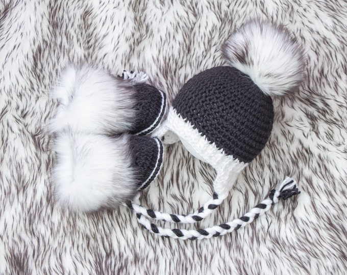 Black and White hat and booties, Crochet baby booties and hat, Neutral Baby winter clothes, Faux Fur booties, Fur pom hat, Newborn boy set