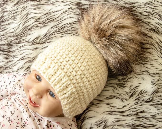 Crochet pom pom beanie - Fur pom pom beanie - pom hat - neutral baby hat - Faux fur hat - Winter hat - Baby Hat - Kids hat - Baby beanie