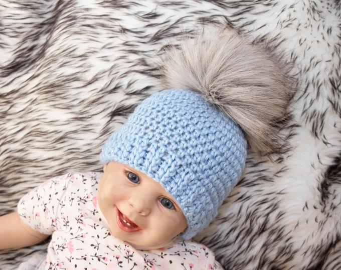 Crochet blue baby boy pom pom beanie, Baby boy hat, Newborn hat, Winter hat, Preemie hat, Baby boy gift, Baby pom pom hat, Toddler beanie