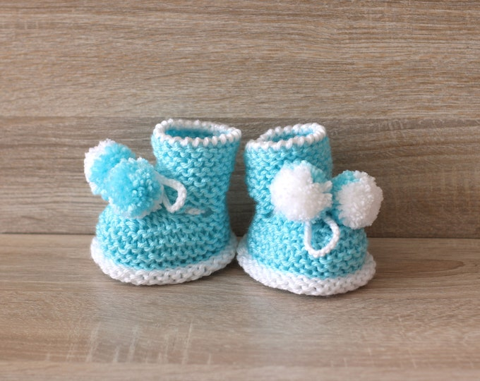 Turquoise pom pom booties - Hand Knit baby booties - Knitted booties - Baby boy boots - Baby boy shoes - Pom pom shoes - Newborn booties