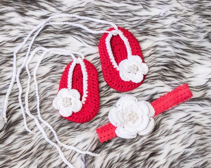 Crochet Red Baby shoes and headband set, Baby girl gift, Newborn girl shoes, Baby headband, Preemie girl, Red and white Newborn girl set