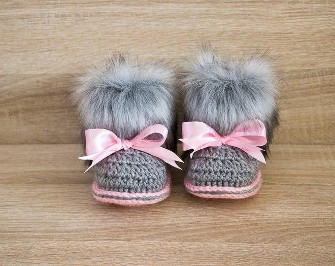 Gray and pink fur booties - Newborn girl Booties - Preemie girl clothes - Crochet slippers- Baby girl gift- Baby girl shoes- Baby girl boots