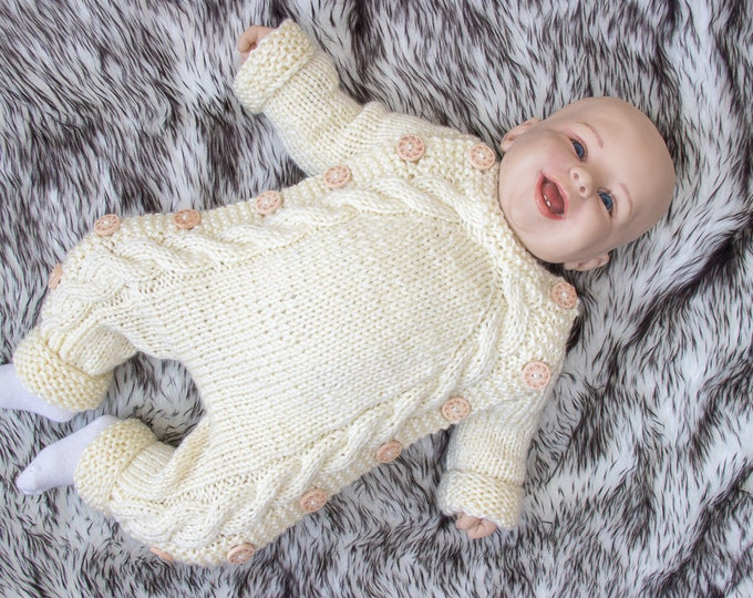 0-3 m Hand knitted baby jumpsuit, Baby overall, Knitted baby outfit, Baby Bodysuit, Baby romper, Newborn jumpsuit, Baby gift, Ready to ship