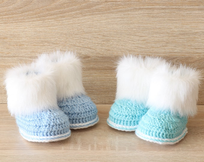 Booties for twin boys - Crochet baby booties- Newborn boots- Twin boy gift - Preemie twins shoes- Twin Shoes- Fur booties- Twin baby clothes