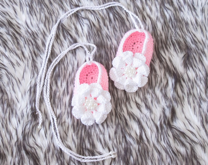 Pink Baby girl Flower shoes, Preemie girl shoes, Baby ballet shoes, Mary Janes, Newborn girl shoes, Crochet Baby shoes, Baby girl gift