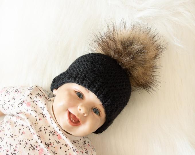 Black fur pom pom beanie, Crochet beanie, Black Baby hat, Crochet hat, Newborn hat, Winter hat, Baby boy beanie, Preemie hat, Gender neutral