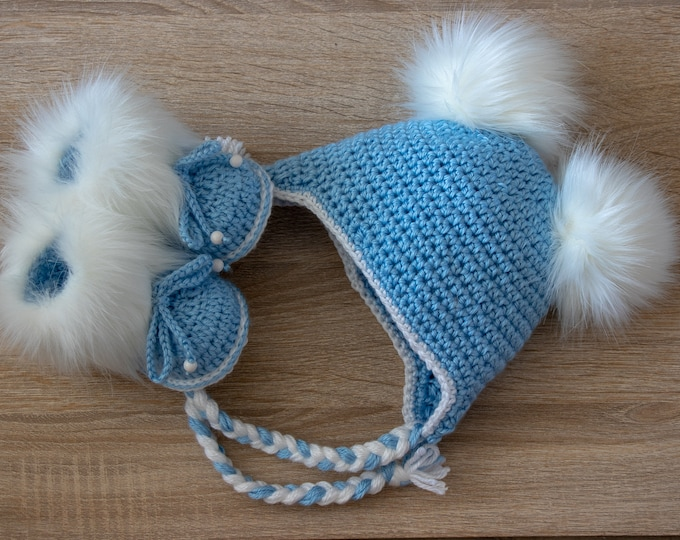 Baby boy Double pom hat and booties - Booties and hat - Crochet baby set- Newborn winter clothes - Fur booties - Baby boy gift - Newborn boy