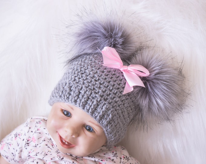 Gray and pink Baby girl double pom pom hat, Preemie hat, Crochet baby girl hat, Newborn girl winter hat, Baby girl gift, Baby girl beanie